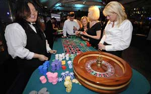 Janifer Dealing Roulette at David Wright Foundation Vegas Night
